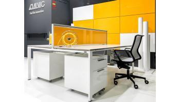 Bureau I POP avec cloison couleur