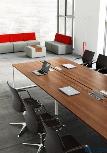 Table de réunion opérative