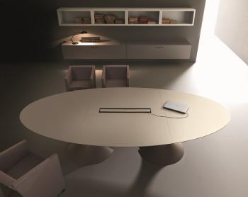 Table Ola elliptique bois laque