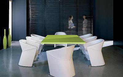 Sièges pour table de réunion