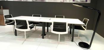 Table de réunion electrifiable