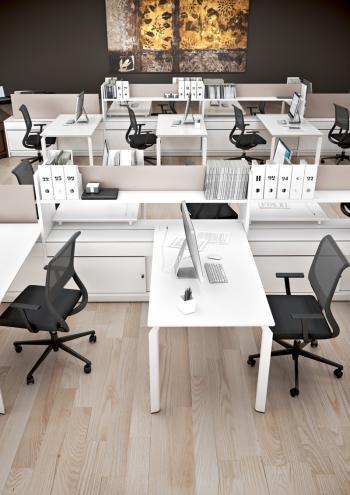 Bureaux avec meubles
