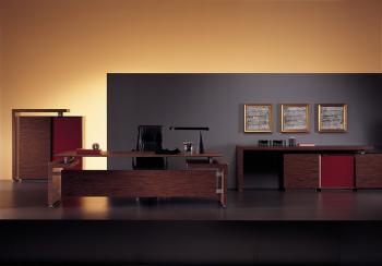 Bureau et armoires