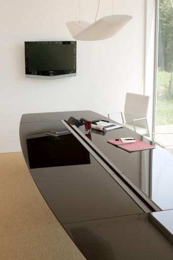 Table Dedalus verre electrifiee