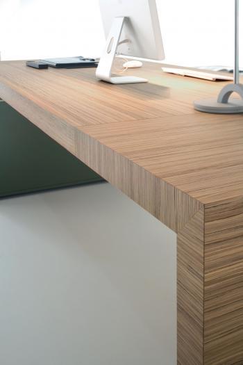 Bureau bois naturel zebrano