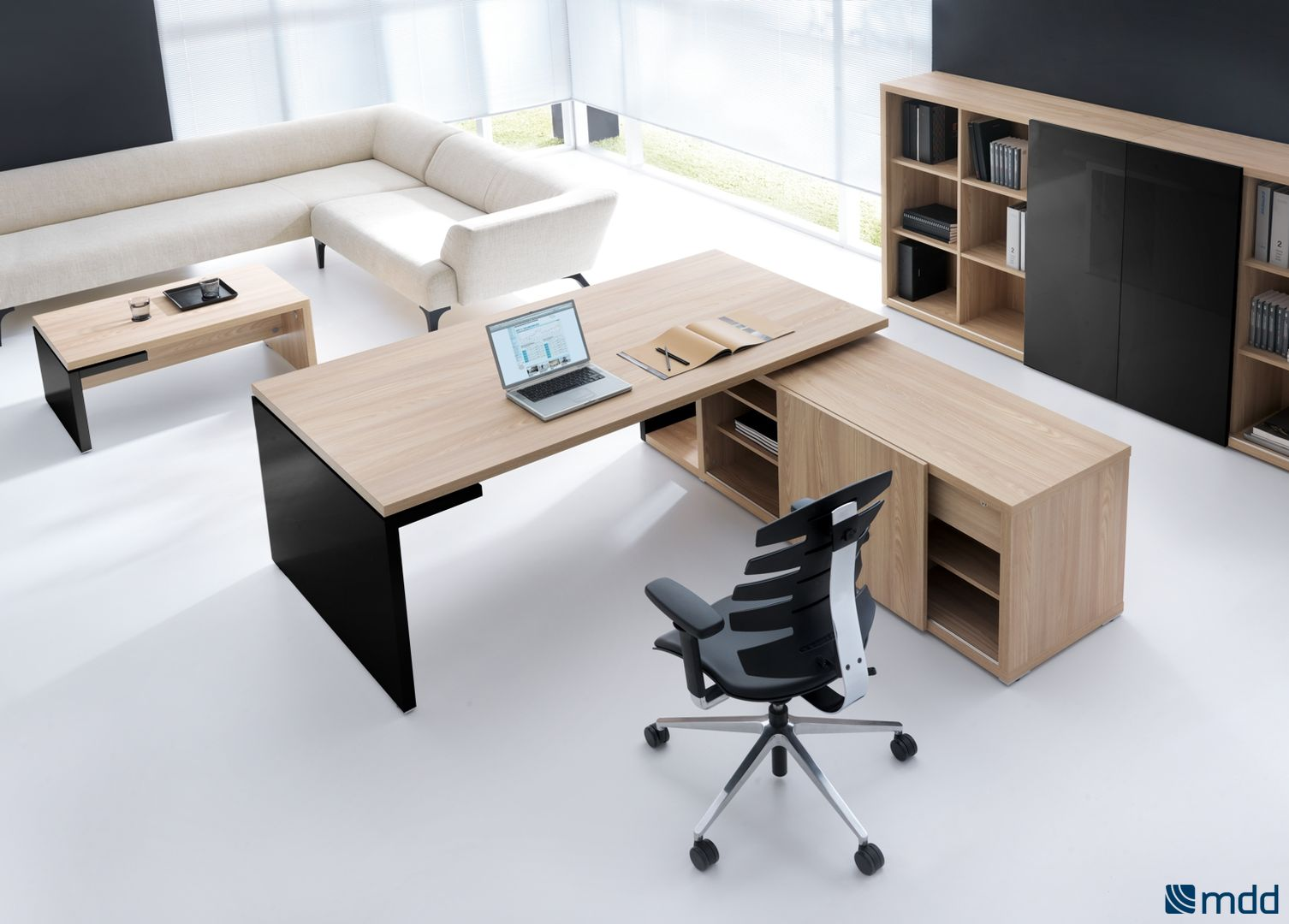 vente bureau direction mito r glable en hauteur. Black Bedroom Furniture Sets. Home Design Ideas