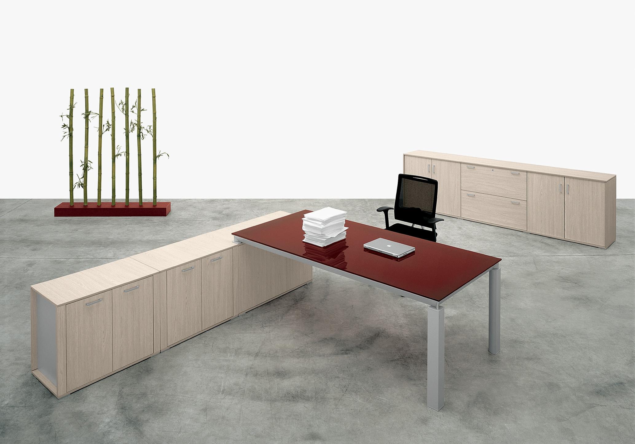 gracieux plateau en verre pour bureau renaa conception. Black Bedroom Furniture Sets. Home Design Ideas