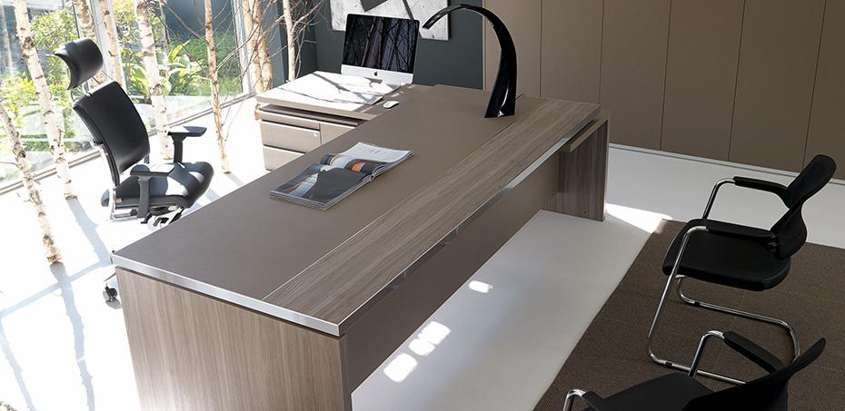 Vente bureaux de direction en m lamine mobilier de for Mobilier de bureau montpellier